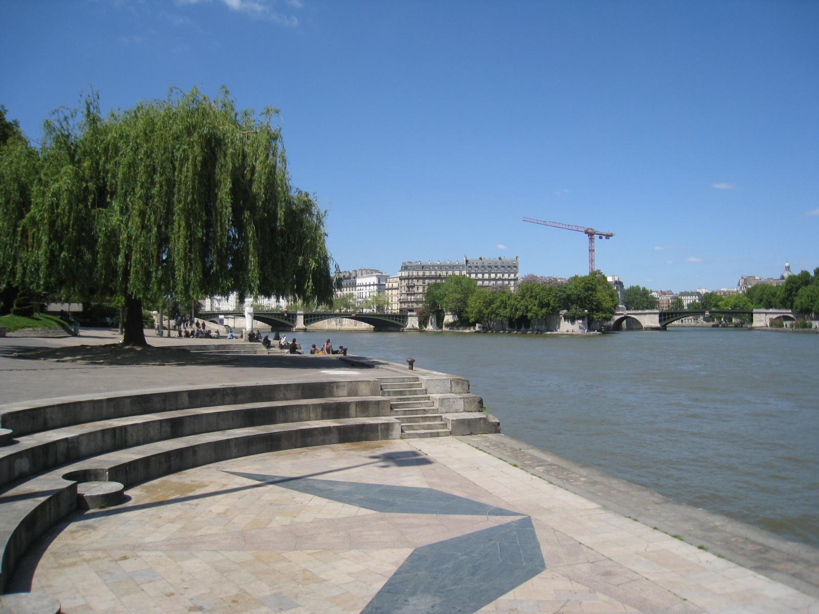 Mus e des sculptures en plein air paris culture toi for Jardin tino rossi